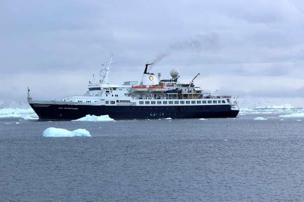 Sea Adventurer Antarctica Cruise Ships By Argentina For Less - Antartica cruise ship