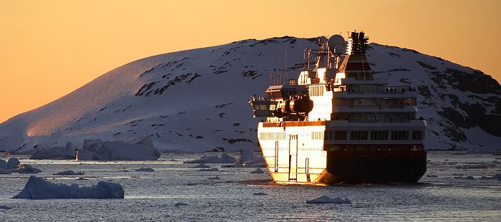 Antarctica cruise ship, Antarctiva travel with Argentina For Less
