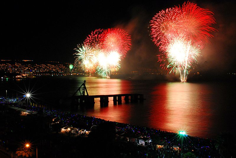 Enjoy a beach-side New Year's Eve celebration in Chile. Photo from Davidlohr Bueso/ Wikimedia Commons