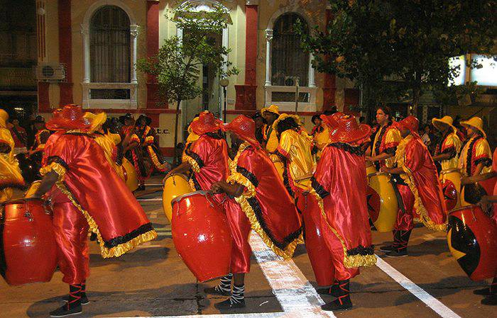 Candombe, Argentina, Argentina For Less