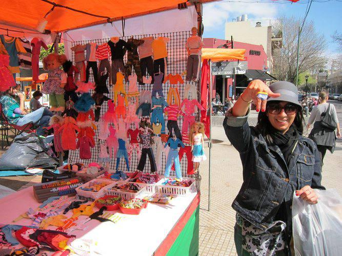 Shopping at the Feria de Plaza Serrano, Palermo Soho